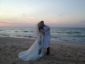 Mira and Akiva on the beach