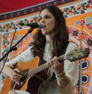 Maya Johanna on stage